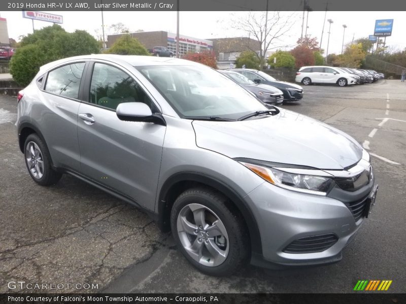 Front 3/4 View of 2019 HR-V LX AWD