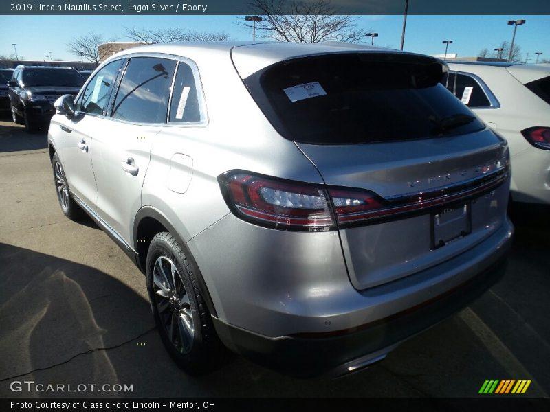 Ingot Silver / Ebony 2019 Lincoln Nautilus Select
