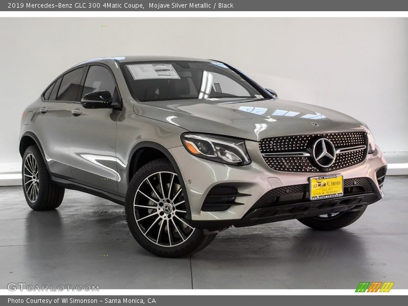 Front 3/4 View of 2019 GLC 300 4Matic Coupe