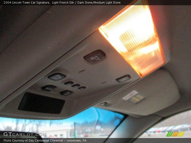 Light French Silk / Dark Stone/Medium Light Stone 2004 Lincoln Town Car Signature