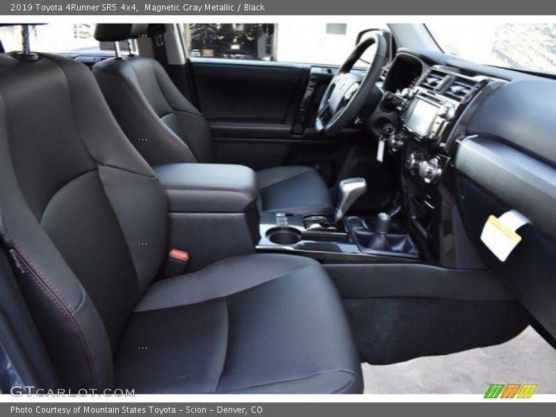 Magnetic Gray Metallic / Black 2019 Toyota 4Runner SR5 4x4