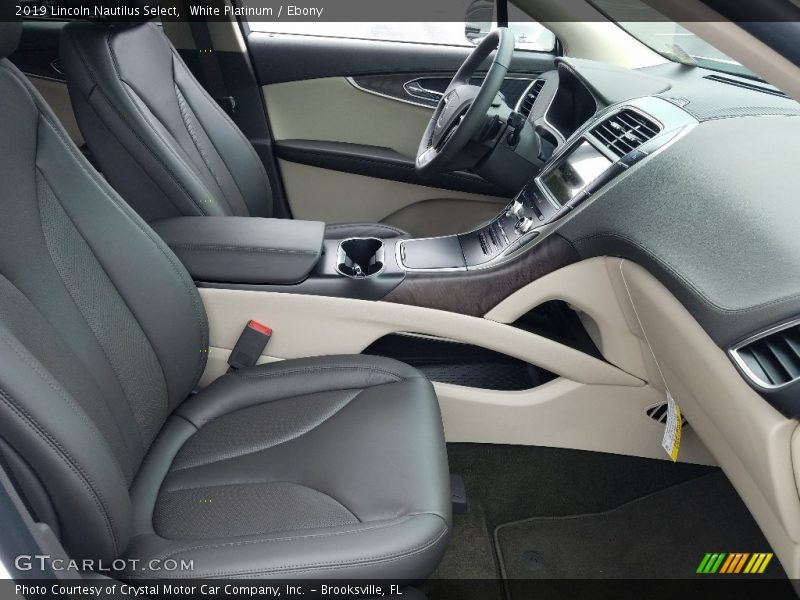Front Seat of 2019 Nautilus Select