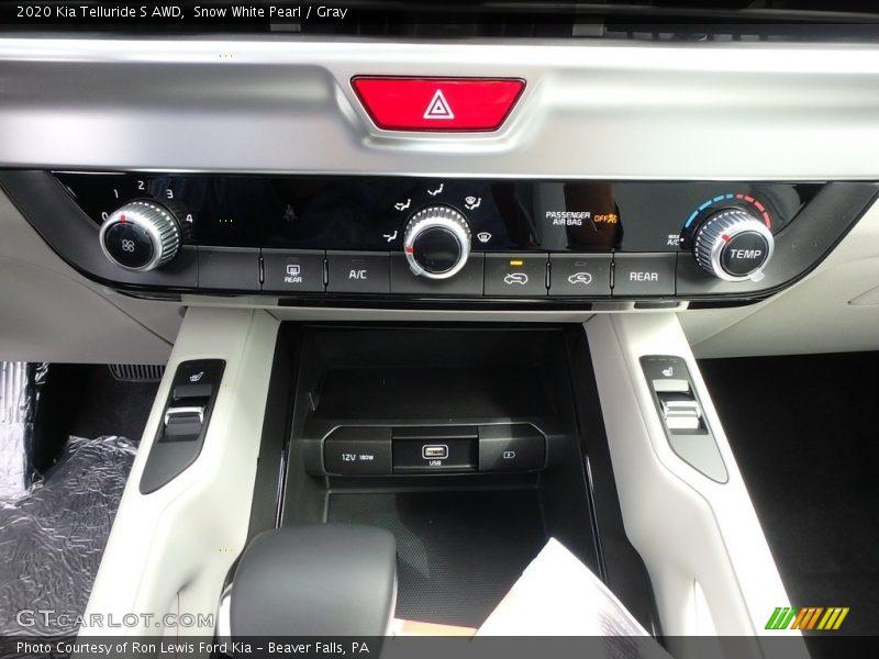 Controls of 2020 Telluride S AWD