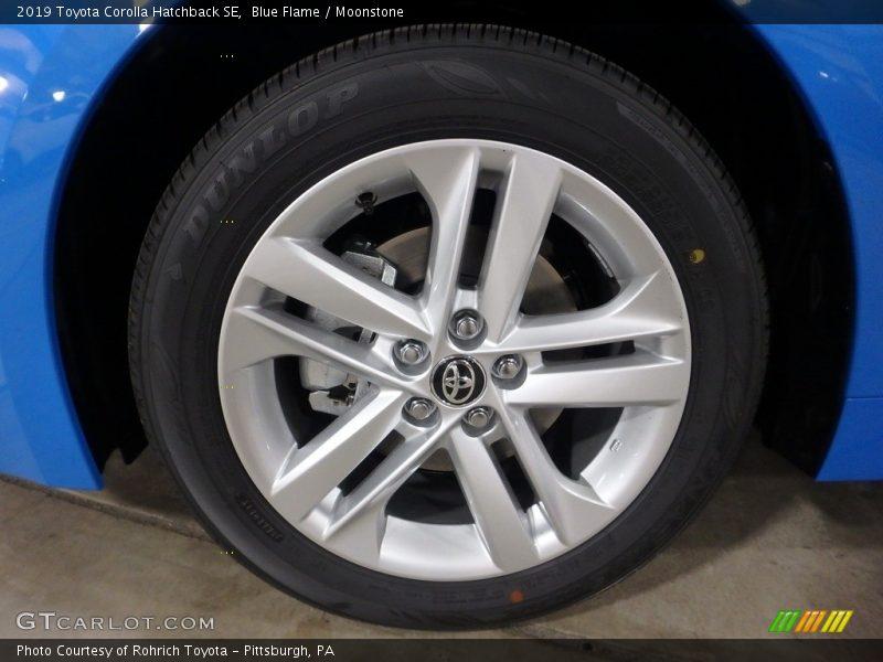 Blue Flame / Moonstone 2019 Toyota Corolla Hatchback SE
