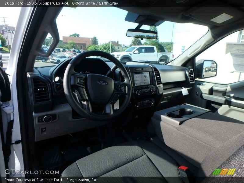 Oxford White / Earth Gray 2019 Ford F150 STX SuperCab 4x4