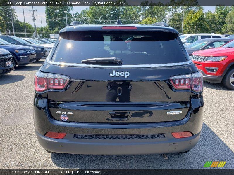 Diamond Black Crystal Pearl / Black 2019 Jeep Compass Latitude 4x4