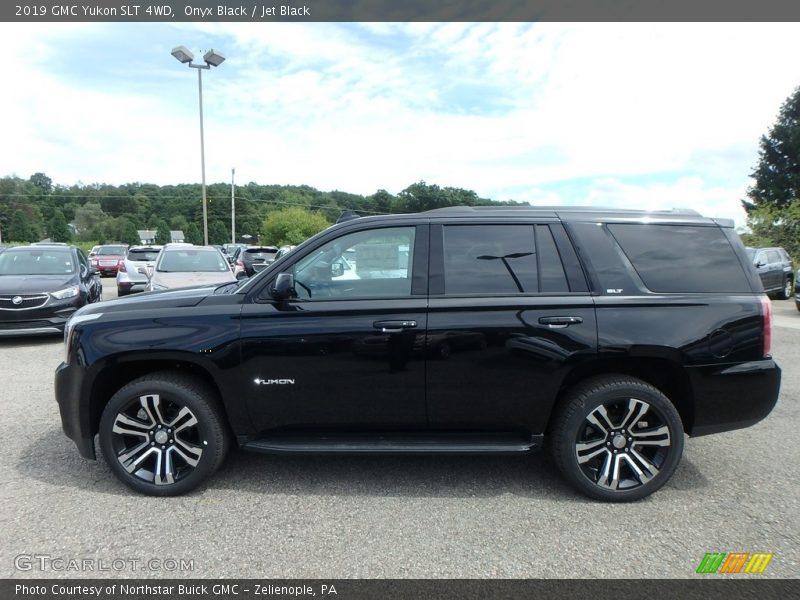 Onyx Black / Jet Black 2019 GMC Yukon SLT 4WD