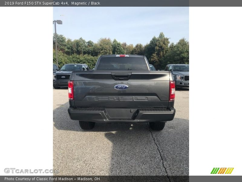 Magnetic / Black 2019 Ford F150 STX SuperCab 4x4