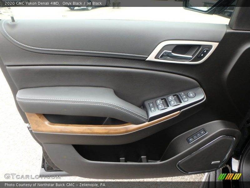 Door Panel of 2020 Yukon Denali 4WD
