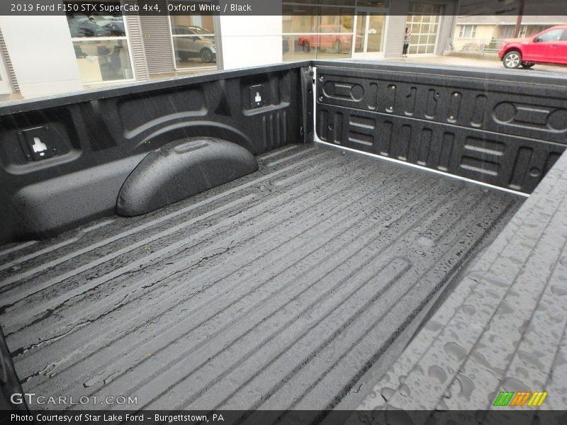 Oxford White / Black 2019 Ford F150 STX SuperCab 4x4