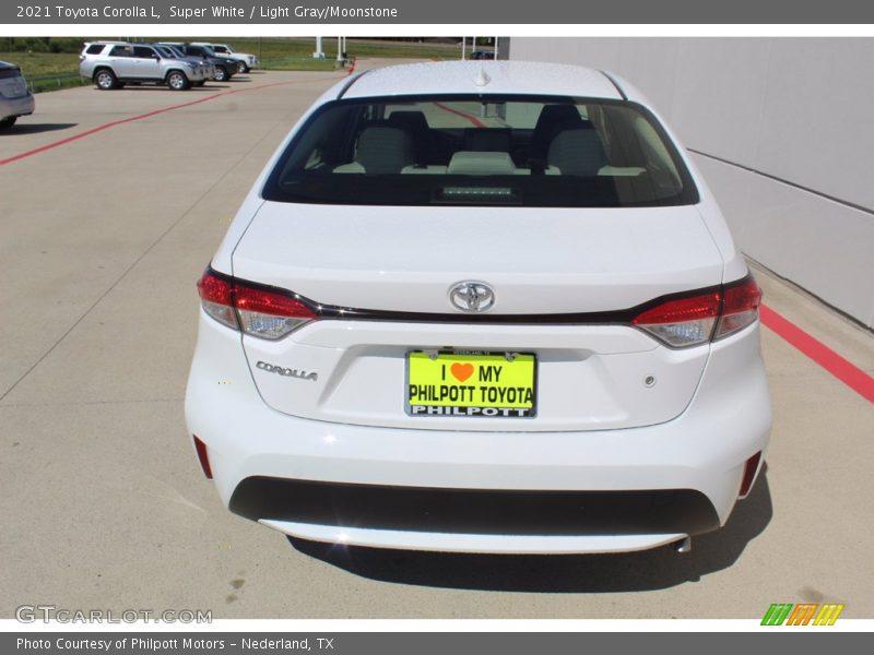 Super White / Light Gray/Moonstone 2021 Toyota Corolla L