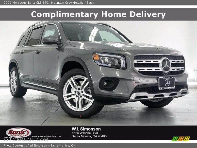 Mountain Grey Metallic / Black 2021 Mercedes-Benz GLB 250