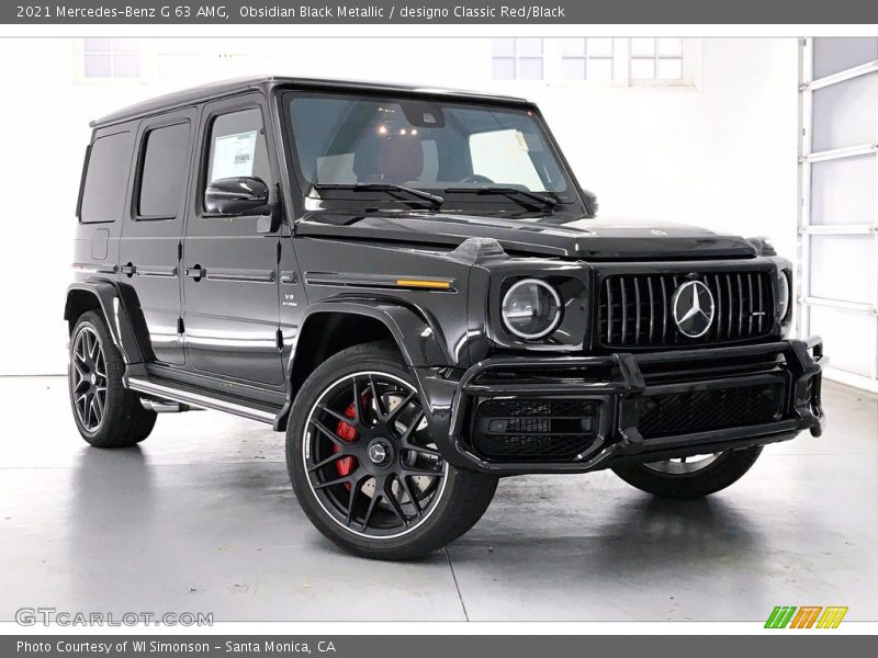 Front 3/4 View of 2021 G 63 AMG