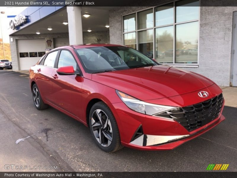 Front 3/4 View of 2021 Elantra SEL