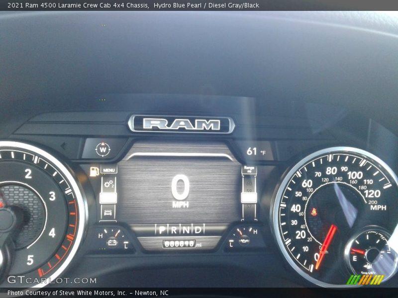 2021 4500 Laramie Crew Cab 4x4 Chassis Laramie Crew Cab 4x4 Chassis Gauges