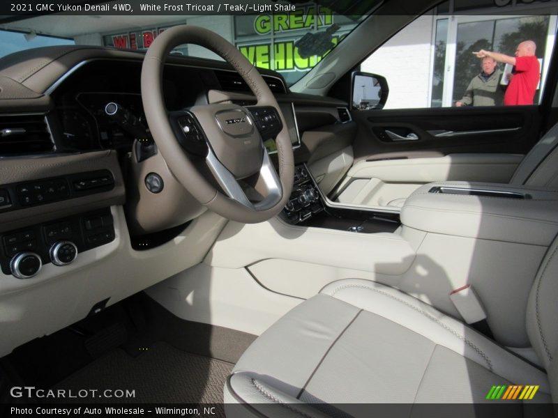 White Frost Tricoat / Teak/Light Shale 2021 GMC Yukon Denali 4WD