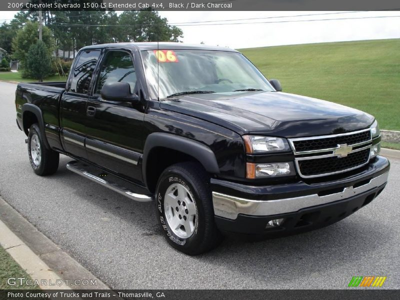 2006 chevrolet silverado 1500 ls extended cab 4x4 in black photo no 15216969. Black Bedroom Furniture Sets. Home Design Ideas
