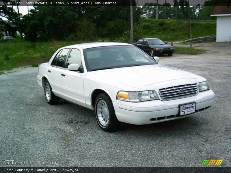 2000 Ford Crown Victoria Lx Sedan In Vibrant White Photo No