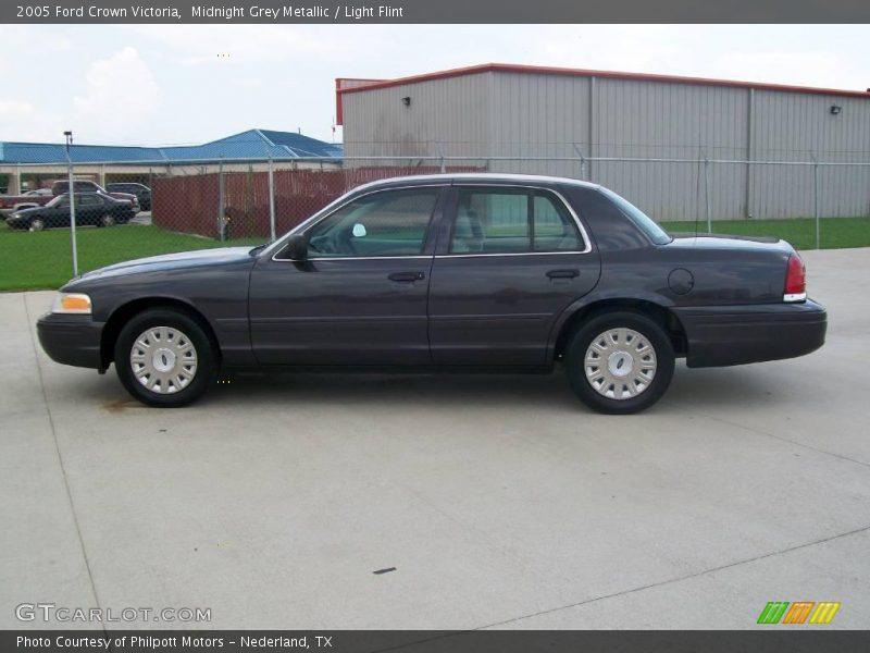 2005 Ford Crown Victoria In Midnight Grey Metallic Photo