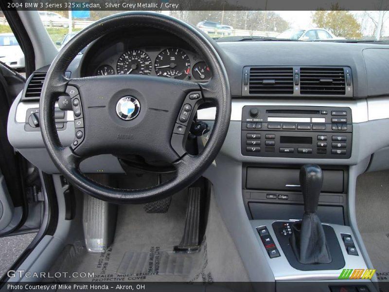 2004 BMW 3 Series 325xi Sedan in Silver Grey Metallic Photo No