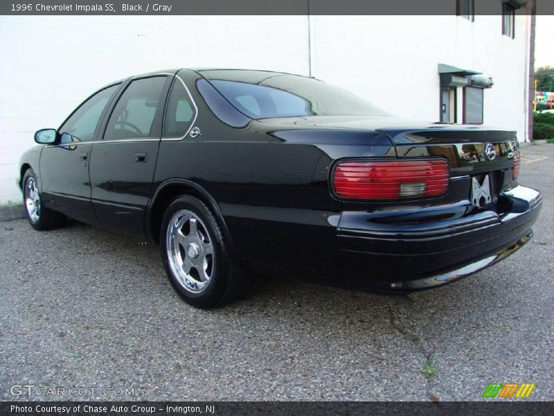 1996 chevrolet impala ss in black photo no 16921481. Black Bedroom Furniture Sets. Home Design Ideas