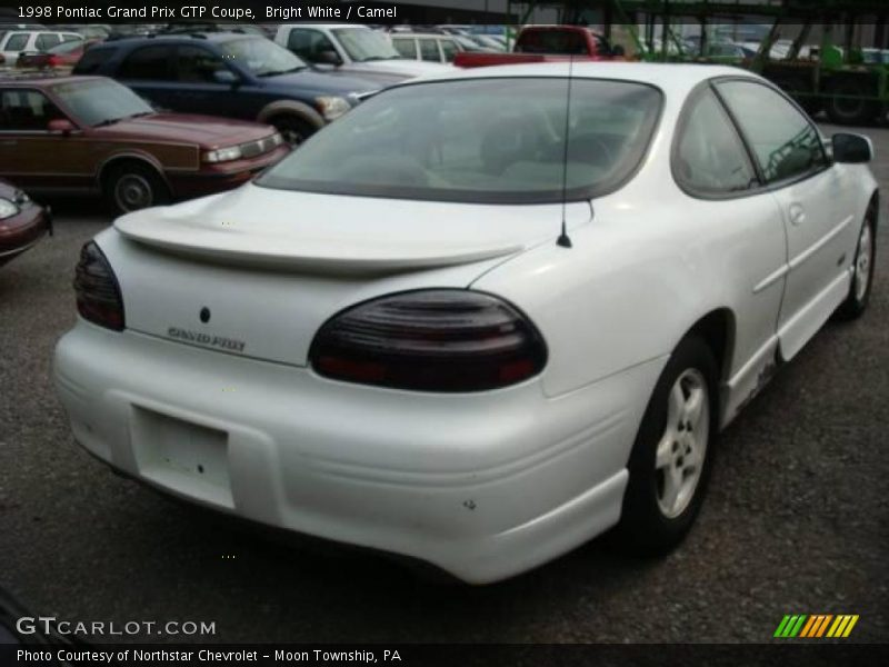 1998 pontiac grand prix gtp coupe in bright white photo no 16928645. Black Bedroom Furniture Sets. Home Design Ideas