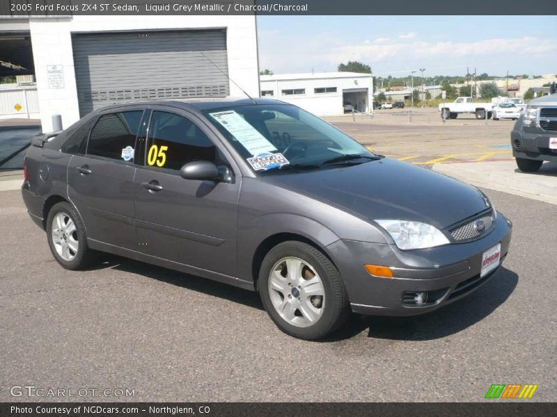 2005 ford focus zx4 st sedan in liquid grey metallic photo. Black Bedroom Furniture Sets. Home Design Ideas