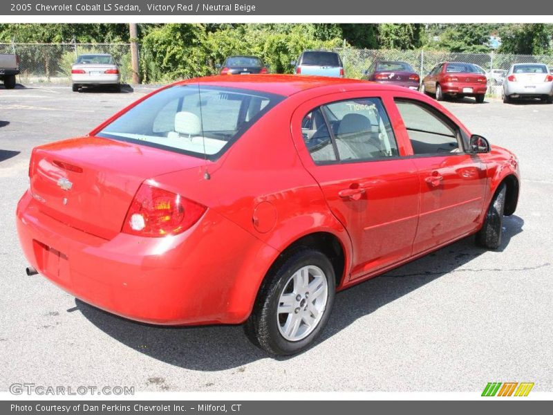 2005 chevrolet cobalt ls sedan in victory red photo no. Black Bedroom Furniture Sets. Home Design Ideas