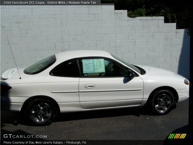 2000 ford escort zx2 coupe in oxford white photo no. Black Bedroom Furniture Sets. Home Design Ideas