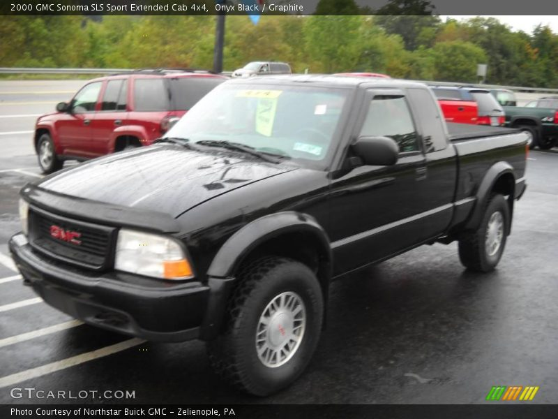 2000 GMC Sonoma SLS Sport Extended Cab 4x4 In Onyx Black