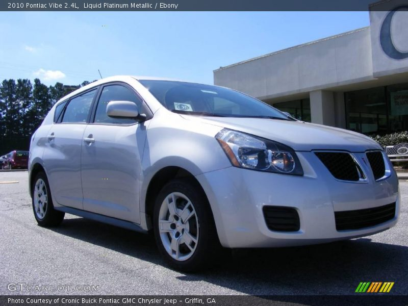 Liquid Platinum Metallic / Ebony 2010 Pontiac Vibe 2.4L