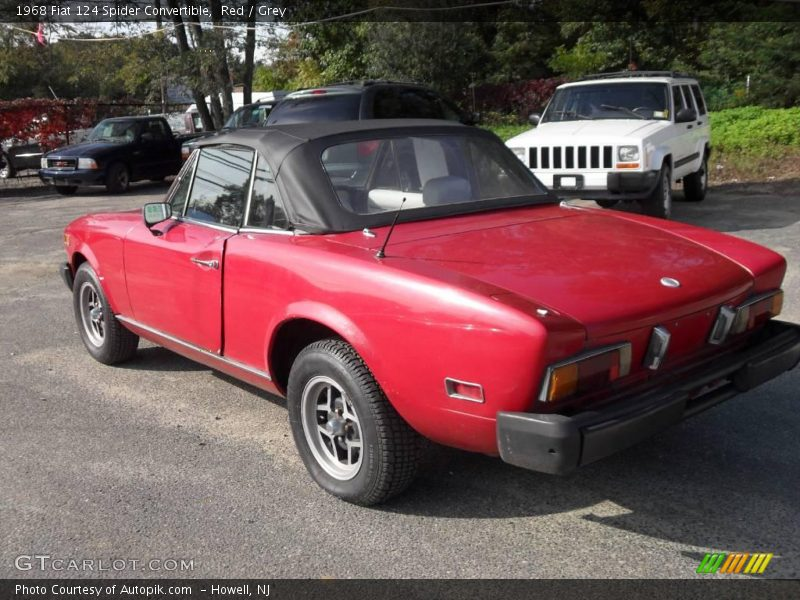 1968 fiat 124 spider convertible in red photo no 19312611. Black Bedroom Furniture Sets. Home Design Ideas