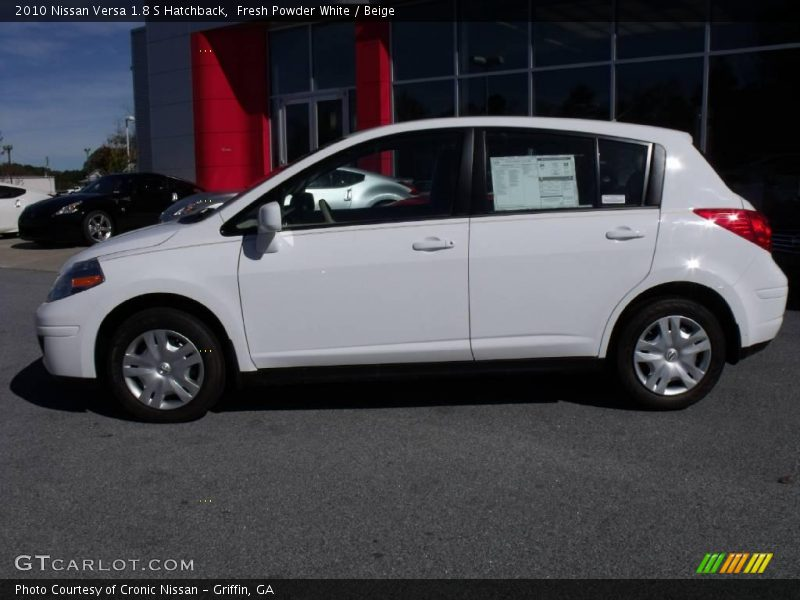 2010 nissan versa 1 8 s hatchback in fresh powder white. Black Bedroom Furniture Sets. Home Design Ideas