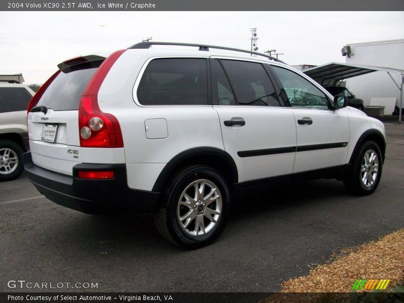 2004 volvo xc90 2 5t awd in ice white photo no 2264853. Black Bedroom Furniture Sets. Home Design Ideas
