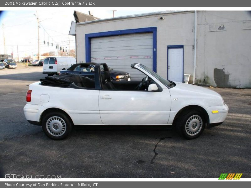 white Cabrio image