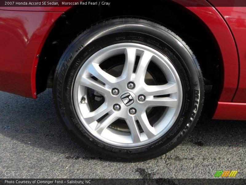 Moroccan Red Pearl / Gray 2007 Honda Accord SE Sedan