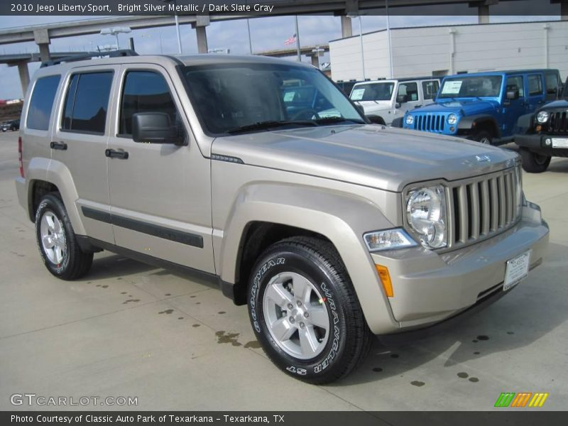 Bright Silver Metallic / Dark Slate Gray 2010 Jeep Liberty Sport