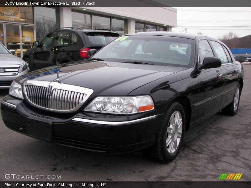 2008 lincoln town car executive l in black photo no. Black Bedroom Furniture Sets. Home Design Ideas