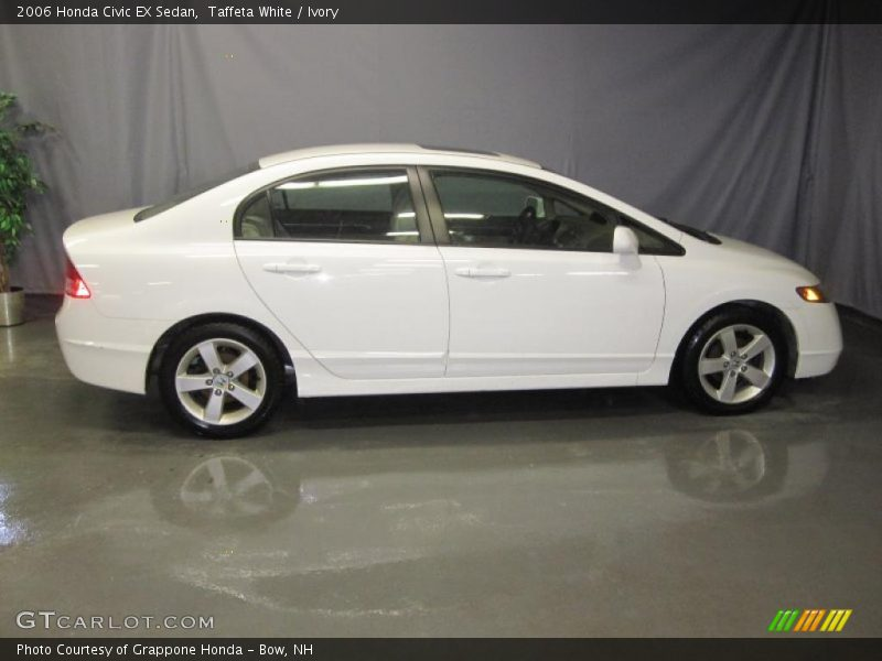 2006 honda civic ex sedan in taffeta white photo no. Black Bedroom Furniture Sets. Home Design Ideas