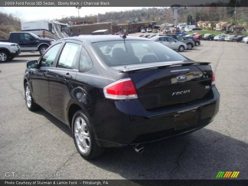2009 ford focus ses sedan in ebony black photo no. Black Bedroom Furniture Sets. Home Design Ideas
