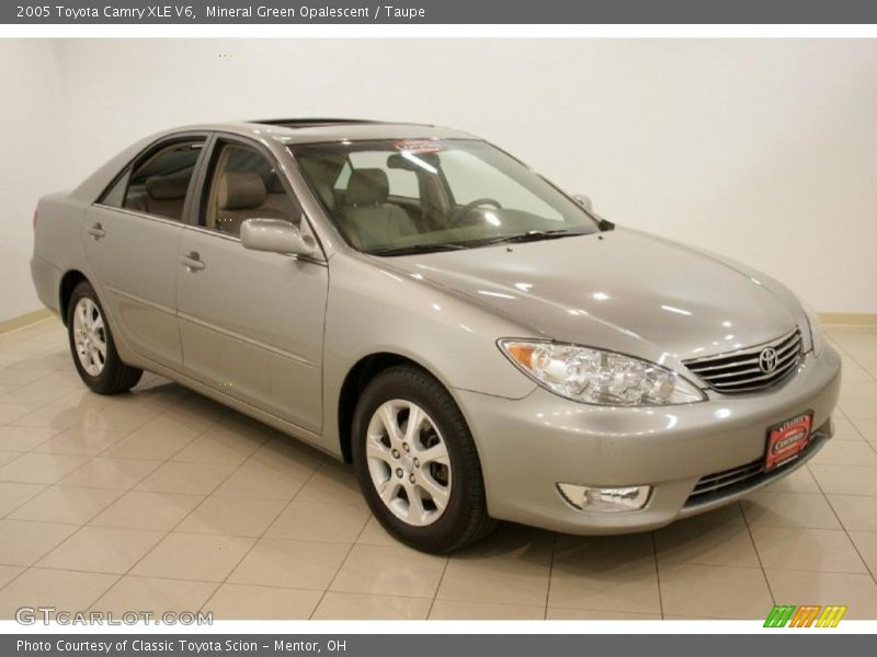 2005 toyota camry xle v6 in mineral green opalescent photo no 28147487. Black Bedroom Furniture Sets. Home Design Ideas