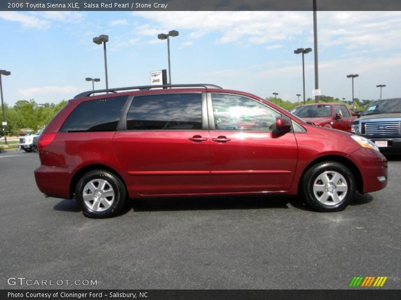 2006 toyota sienna xle in salsa red pearl photo no. Black Bedroom Furniture Sets. Home Design Ideas