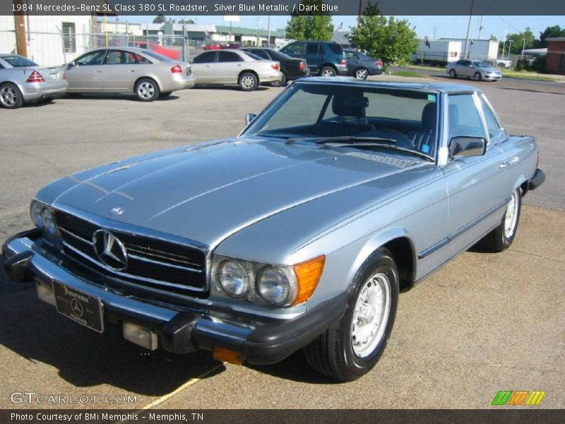 1984 mercedes benz sl class 380 sl roadster in silver blue. Black Bedroom Furniture Sets. Home Design Ideas