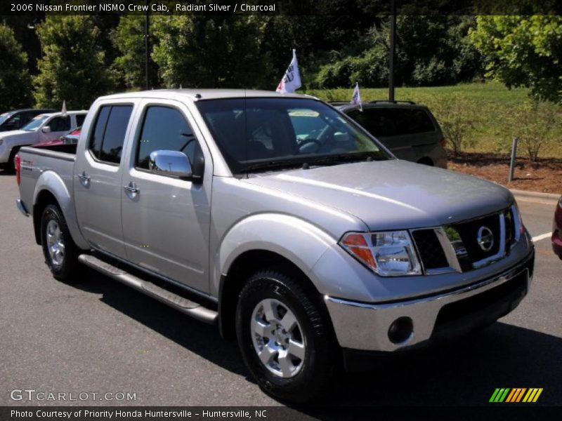2006 nissan frontier nismo crew cab in radiant silver photo no 32431839. Black Bedroom Furniture Sets. Home Design Ideas