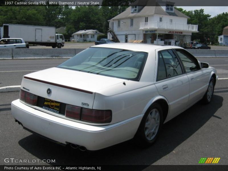 1997 Cadillac Seville Sts In White Diamond Photo No