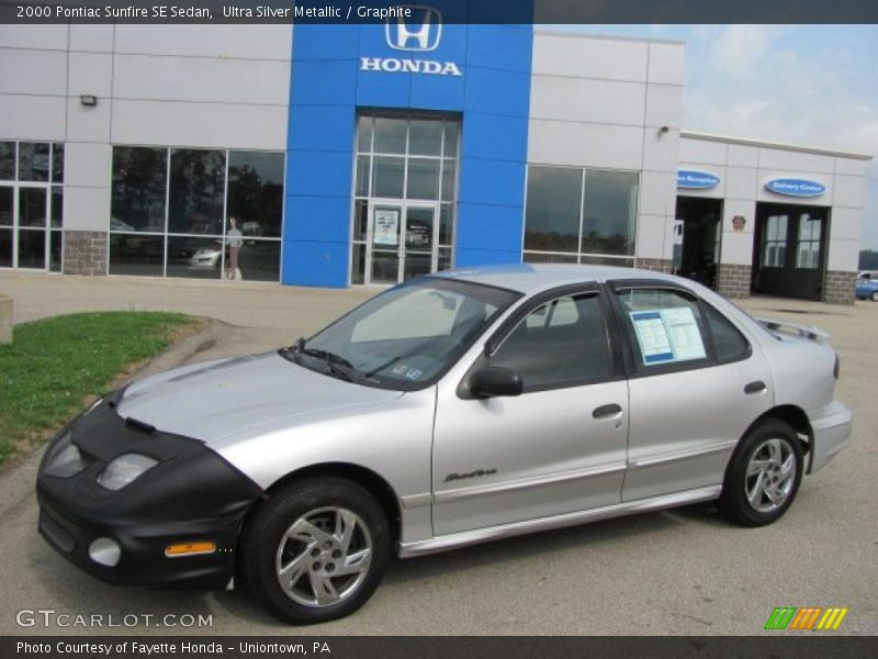 2000 pontiac sunfire se sedan in ultra silver metallic. Black Bedroom Furniture Sets. Home Design Ideas