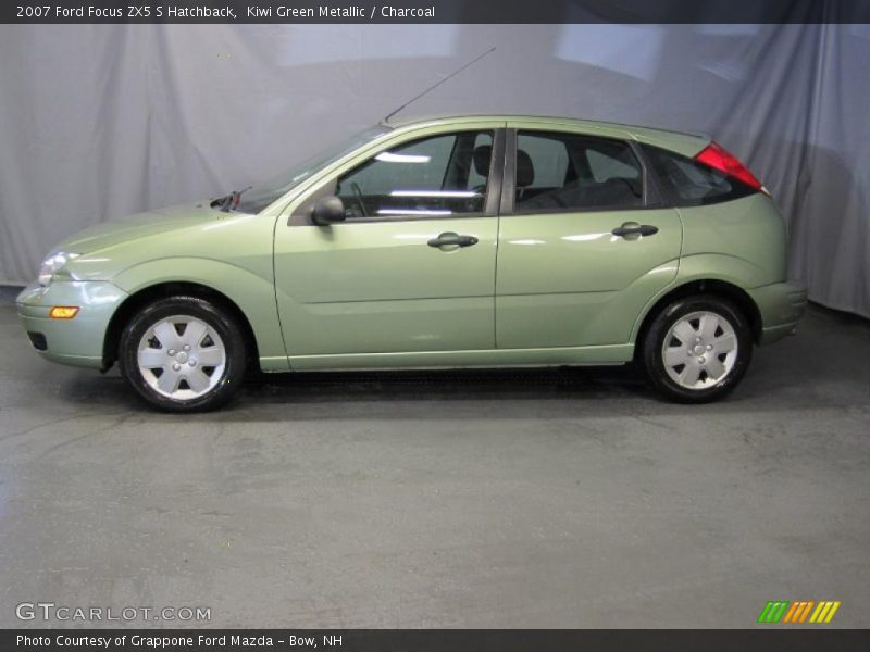 2007 ford focus zx5 s hatchback in kiwi green metallic. Black Bedroom Furniture Sets. Home Design Ideas