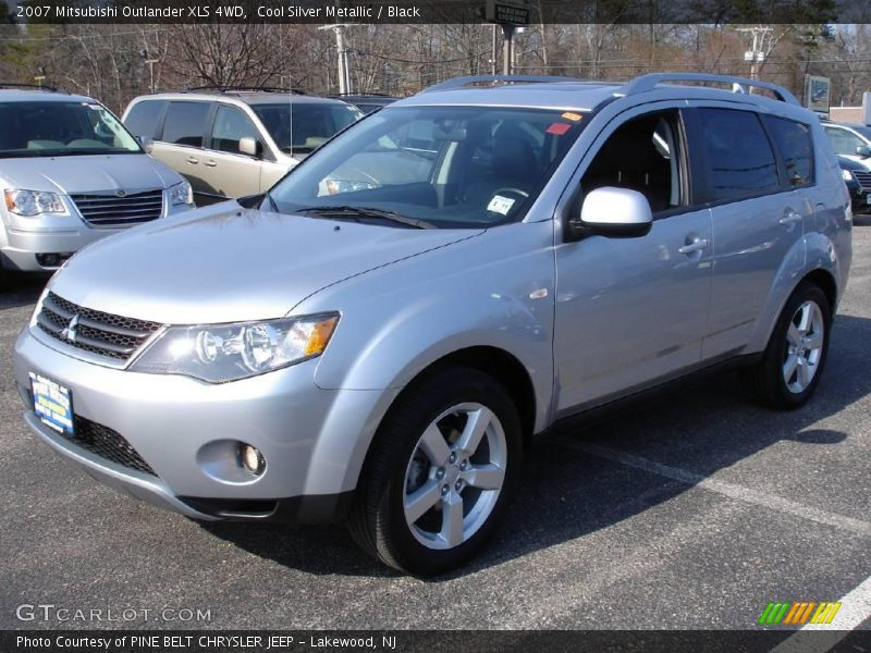 2007 mitsubishi outlander xls 4wd in cool silver metallic. Black Bedroom Furniture Sets. Home Design Ideas