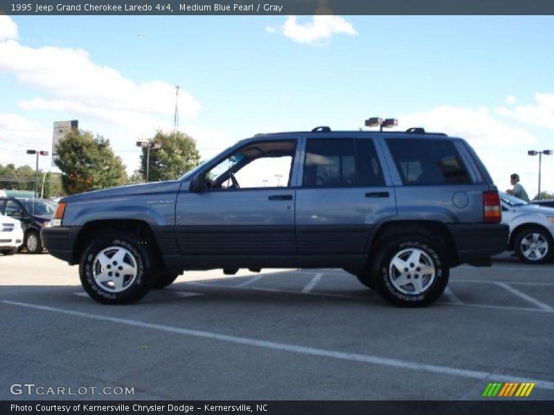 1995 jeep grand cherokee laredo 4x4 in medium blue pearl photo no 37643854. Black Bedroom Furniture Sets. Home Design Ideas