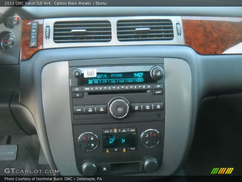 Controls of 2011 Yukon SLE 4x4